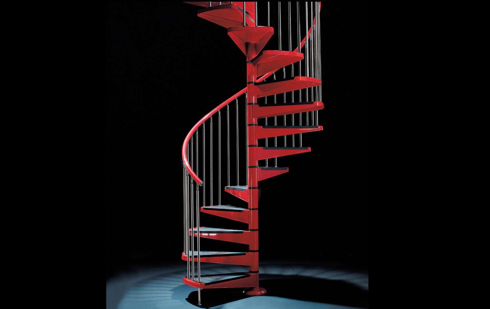 Metallika rl scale interne a chiocciola ed elicoidali e scale in legno nella spettacolare - Scale a chiocciola bari ...