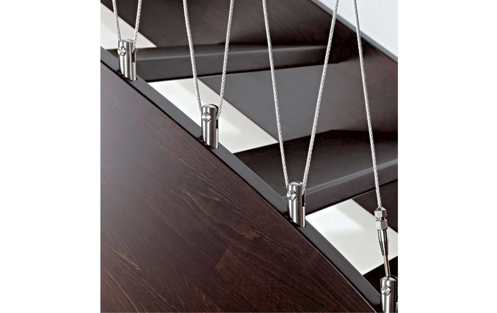 vertigo escalier rampe escalier monte escalier escalier quart tournant escalier bois. Black Bedroom Furniture Sets. Home Design Ideas