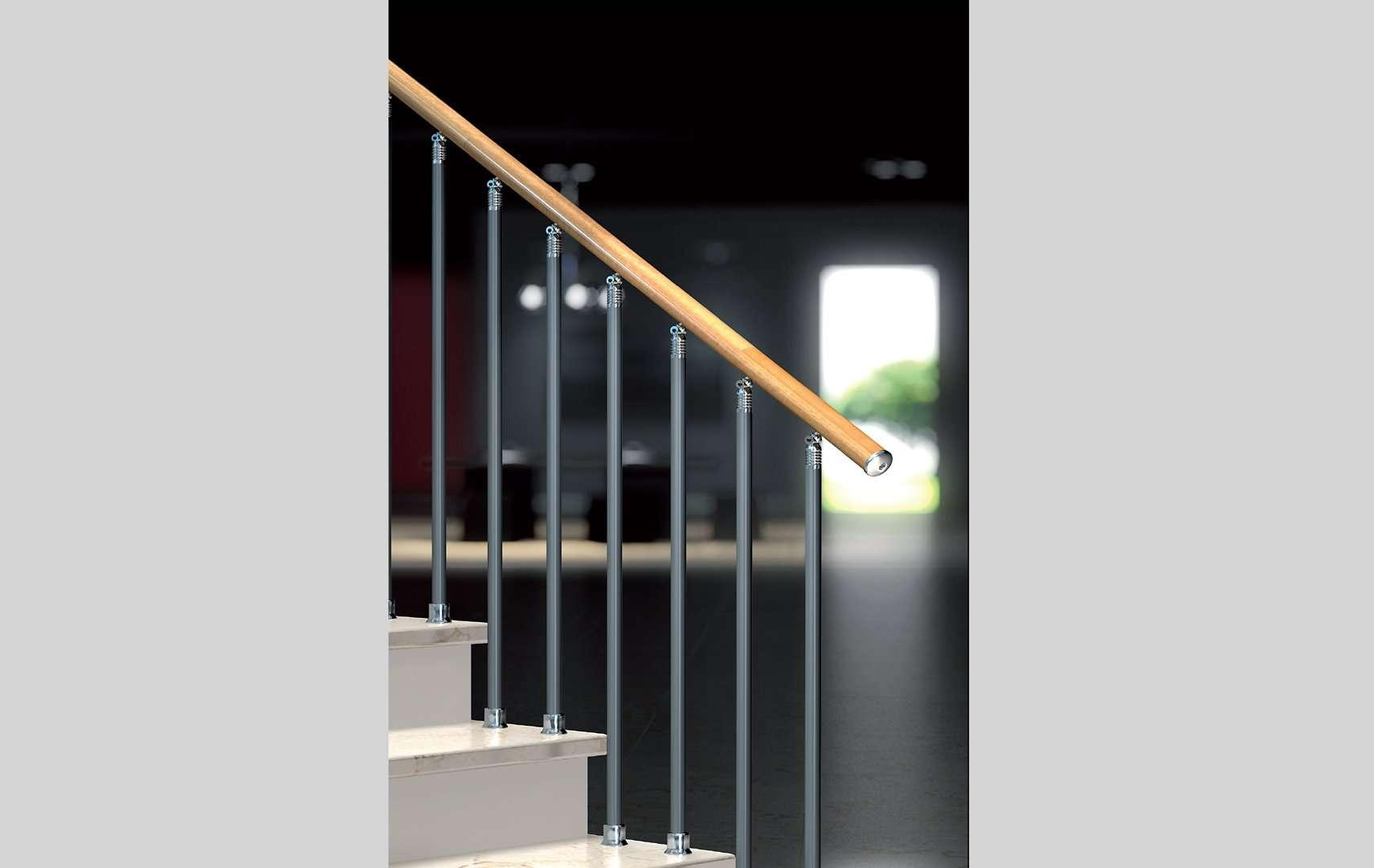 Cz ringhiere per scale interne le puoi trovare in legno e in vetro - Ringhiere in vetro per scale interne prezzi ...